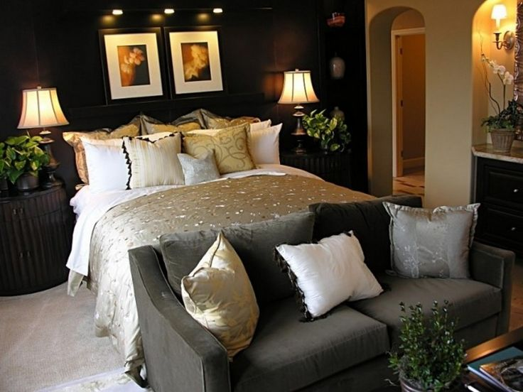 Best 25+ Dark Romantic Bedroom Ideas On Pinterest