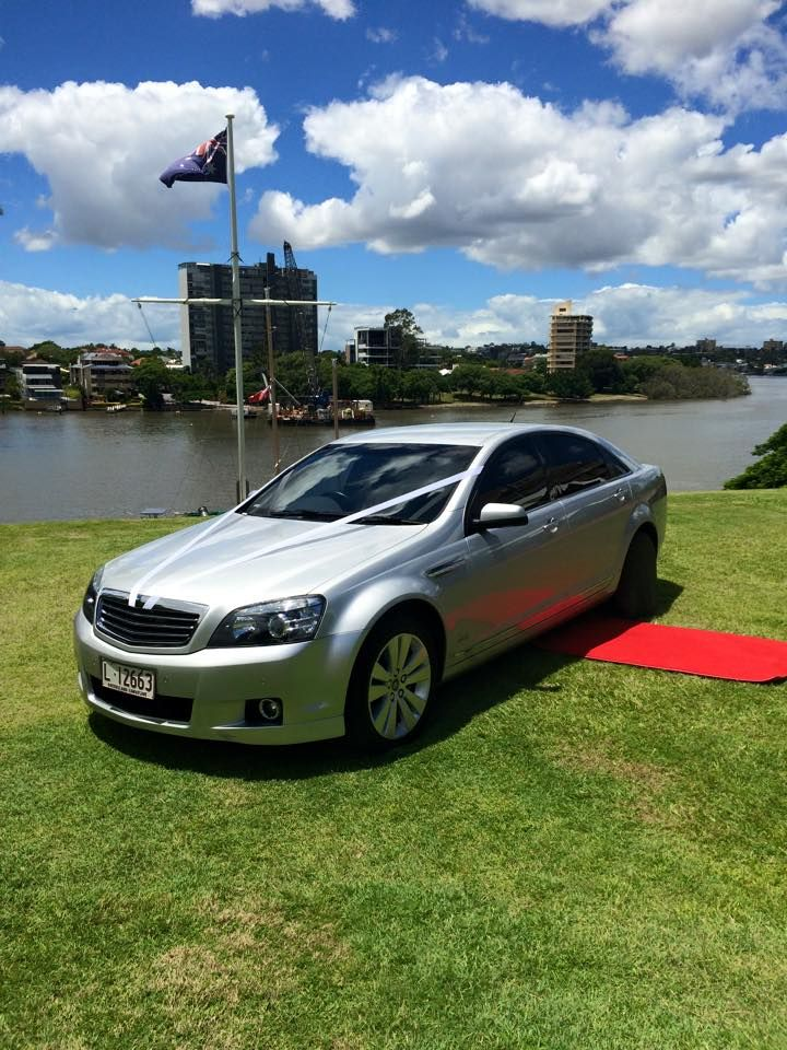 Shafton's Bridal Expo - Silver Holden Caprice