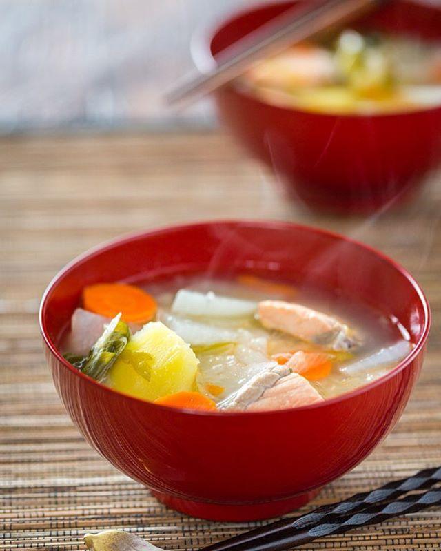 北海道民が愛する郷土料理「三平汁」について。その歴史や作り方を紹介 ... 三平汁ってどんな料理?