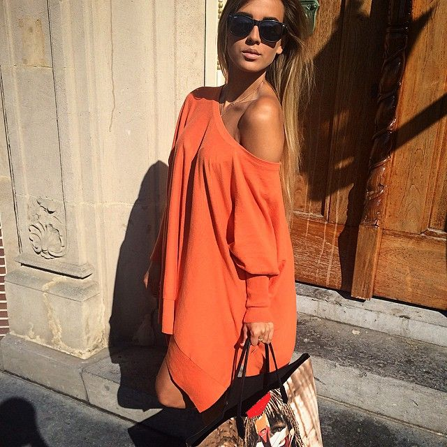 #ShareIG Lovely weather!! ✨Julie Wearing the REINDERS Loesje Knitwear Short Orange with @balenciaga boots & @givenchyofficial Bag LOVE, Reinders ✨ #reinders #dutch #fashionlabel #by #twin #sisters #julie #marie #kiss #wearing #the #loesje #knitwear #short #orange #now #in #stores #givenchy #bag #balenciaga #boots #love !!