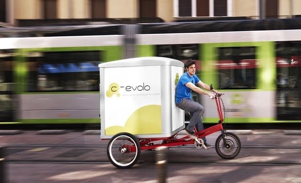 C-Evolo. Triciclo eléctrico para transporte de personas y mercancías