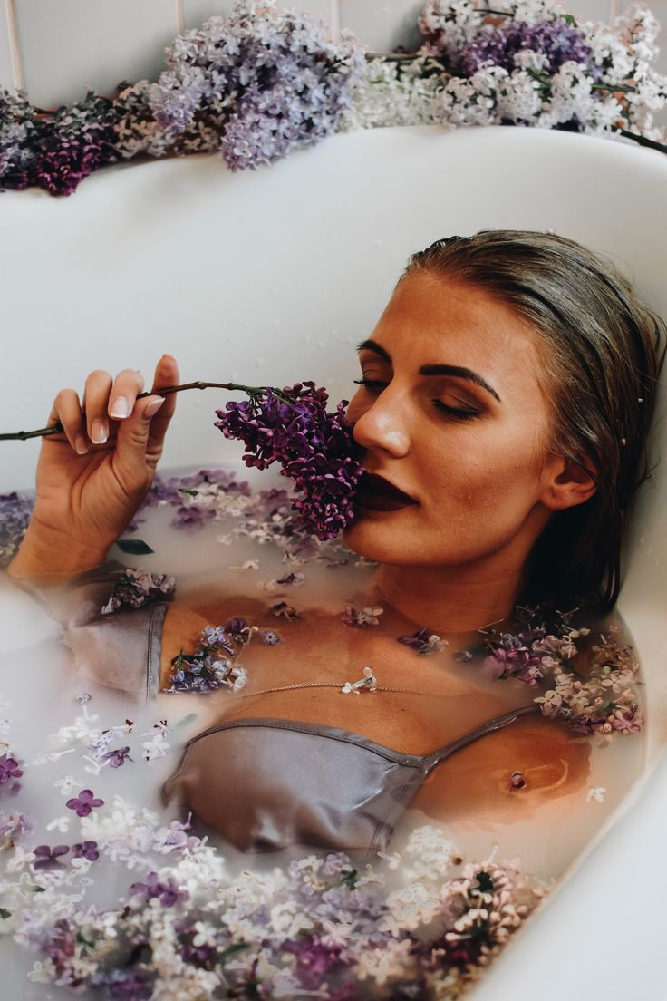 Lilac milk bath photoshoot model photography Annija Veldre deep purple spring instagram.com/annijaveldre