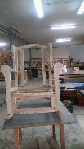 www.milanuncios.com sillas-sofas-y-sillones liquidacion-de-esqueletajes-tapiceros-22465513.htm