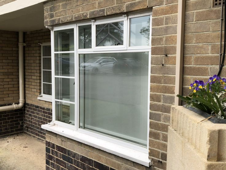 How much do steel replacement windows cost? Window