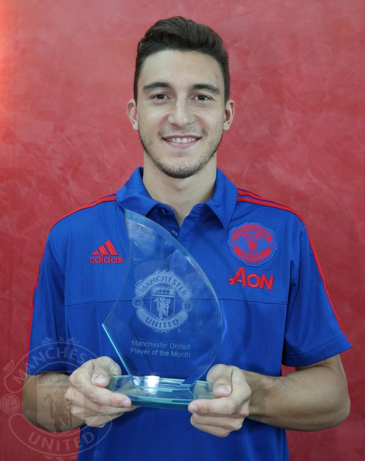 Matteo Darmian named Manchester United's Player of the Month