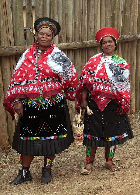 Zulu women in South Africa, Africa. Travel to South Africa with 7th Sense DMC Travel to South Africa with 7th Sense DMC. A member of Gondwana DMCs - your network of boutique Destination Management Companies across the globe - www.gondwana-dmcs.net