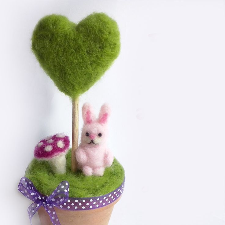 Rabbit and green heart