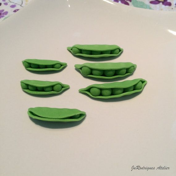 Peas in a Pod 3D Cupcake Toppers by JuRodriguesAtelier on Etsy