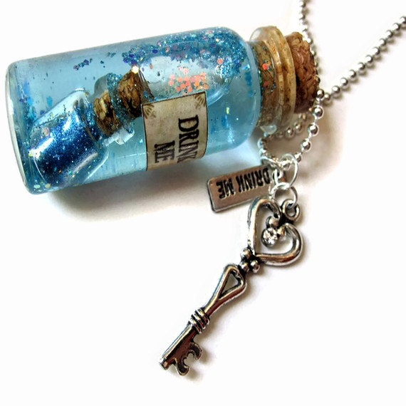 Large Drink Me Glass Vial Necklace Alice In Wonderland Snow Globe