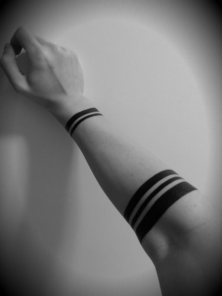 Another simple tattoo that, to me, reminds me of the five pillars.  And well, it just looks great.