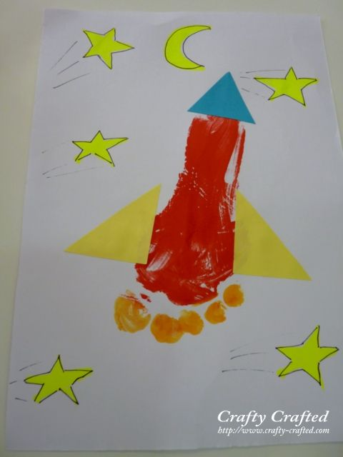 rocket ship; loving these hand and feet crafts