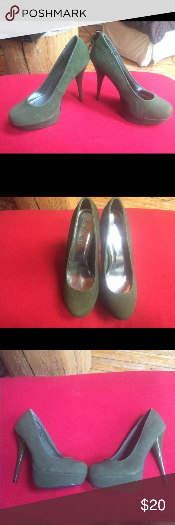 Beautiful olive green heels Size 7 reduced price! Faux suede /size 7/about a 4 inch heel helium  Shoes Heels