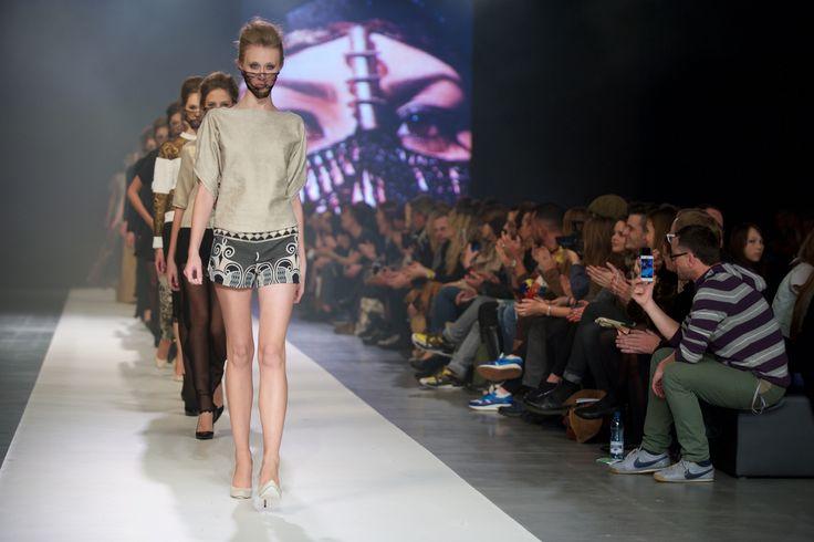 AGA POU, Designer Avenue 11. FashionPhilosophy Fashion Week Poland, fot. Łukasz Szeląg #agapou #fashionweek #fashionweekpoland #fashionphilosophy #designeravenue #lodz #carlorossi