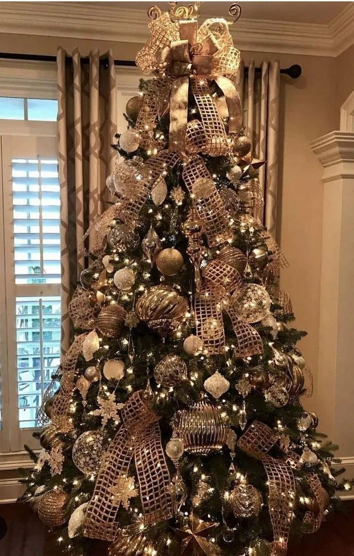 140 Most Fabulous Christmas Tree Decoration Ideas 1 My Easy Cookings Me Elegant Christmas Trees Gold Christmas Tree Decorations Gold Christmas Tree