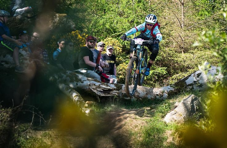 "Tracy Moseley on Instagram: ""Well what a day ! Racing bikes is always fun but when the sun is out and there are hundreds of crazy Irish fans willing you to go faster....it doesn't get much better ! Great to be back in the mix with the girls @world_enduro and so happy to take the win. Big thanks to the @trekfactoryracingenduro team for the amazing team support as always....Another great pic from our team photog and crazy man @mdelormephoto !"""