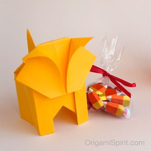 Post image for A Cute Origami Cat -It's a Box Too! (Version 2 of 2)