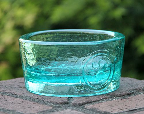 Recycled Glass Pet Bowls by PawNosh