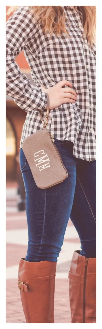 The monogrammed Waco Wristlet will become one of your favorite bags to grab on the go! This faux leather clutch with matching strap and gold TRS zipper closure is anything but basic and looks great with a big monogram! The essentials - phone, cards, cash and lip gloss - fit nicely in the lined interior. Gift idea? We think so!
