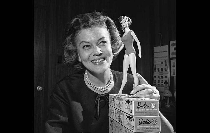 CHARLOTTE JOHNSON, la Primera Diseñadora de Barbie