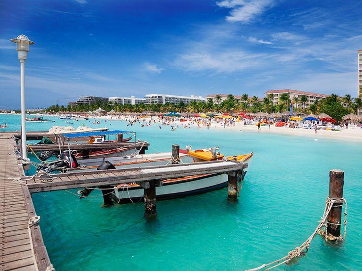 11 reasons you should visit Aruba right now! #aruba #discoveraruba #onehappyisland