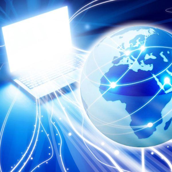 Superbandas: internet ultrarrápida chegou ao Brasil. Tem companhia oferecendo plano de até 500 Mbps, por um valor de aproximadamente R$ 1.500,00.