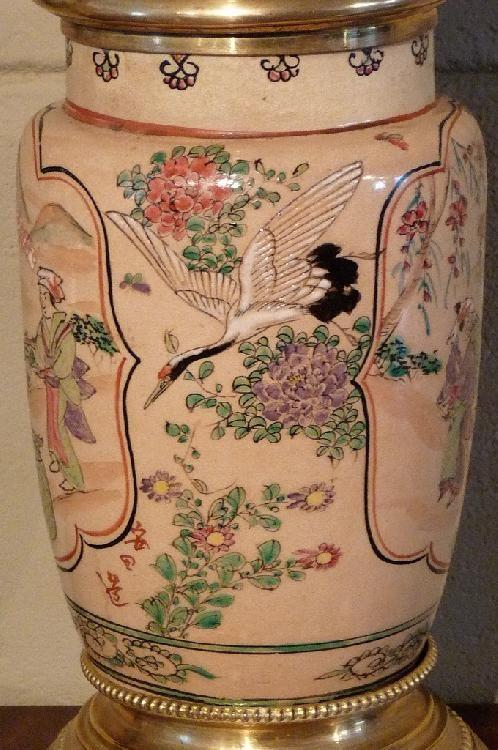 Antieke Japanse porseleinen olielamp, afm. totale hoogte 70 cm - Antique Timeless decorations