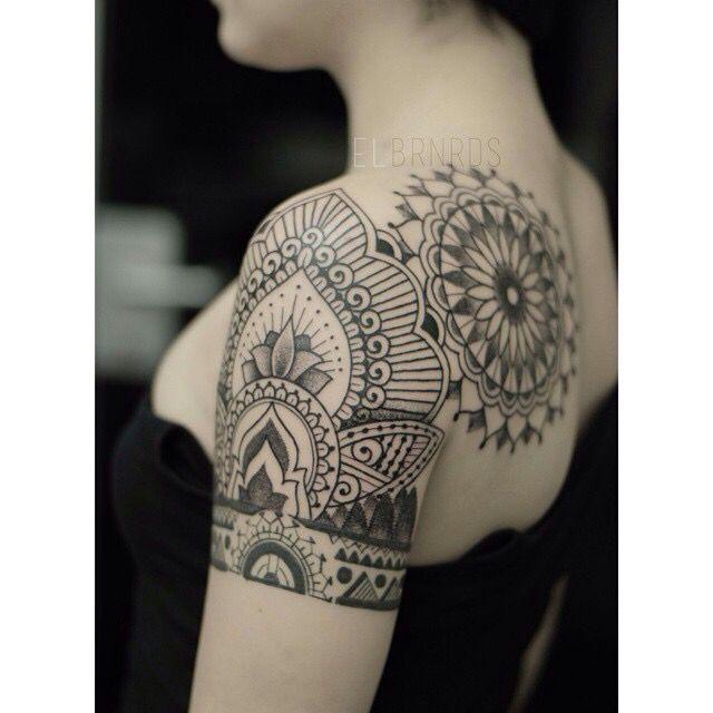 Beautiful womens tattoo by El Bernardes - tattoos- womens tattoo - girls tattoo- blackwork - mandala tattoo - tattoer - ink addict