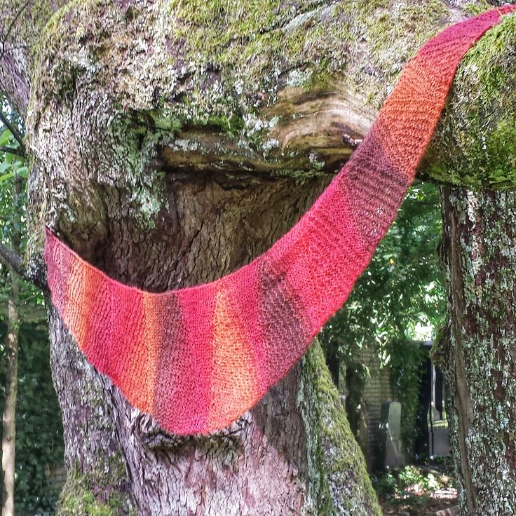 950 Best Knitting Shawls Scarves Mittens Hats Images On Pinterest