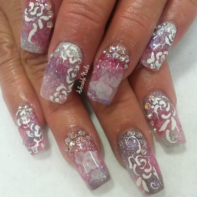 Encapsulated flowers nails