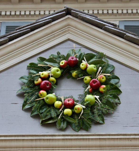 Williamsburg Christmas Decorating Ideas: 17 Best Images About Williamsburg Christmas Decorations On