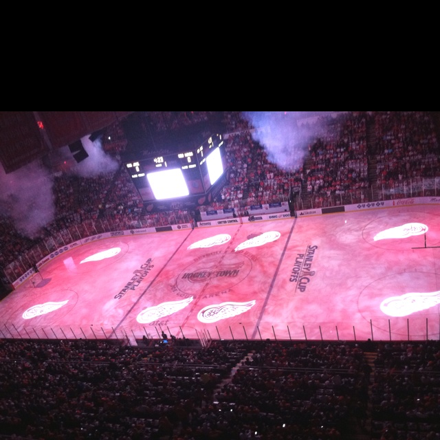 Detroit red wings 2011 nhl playoffs second round red wings vs
