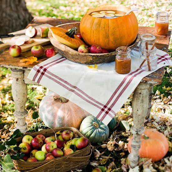 Seasonal Harvests Table Decoration: Punch Bowls, Tables Sets, Fall Parties, Harvest Tables, Pumpkin Punch, Fall Halloween, Autumn Harvest, Parties Tables, Tables Decor