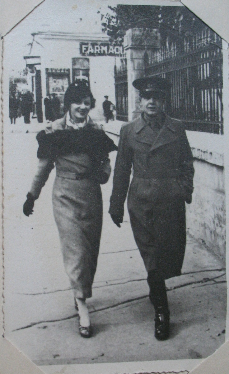 Young Romanian couple photographed on the streets of Braila, 1936 [family photo]