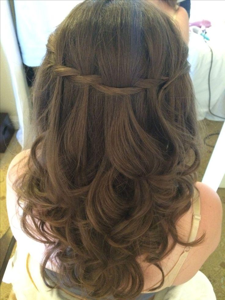 Pretty half up bridal hair by Aisling Hamill