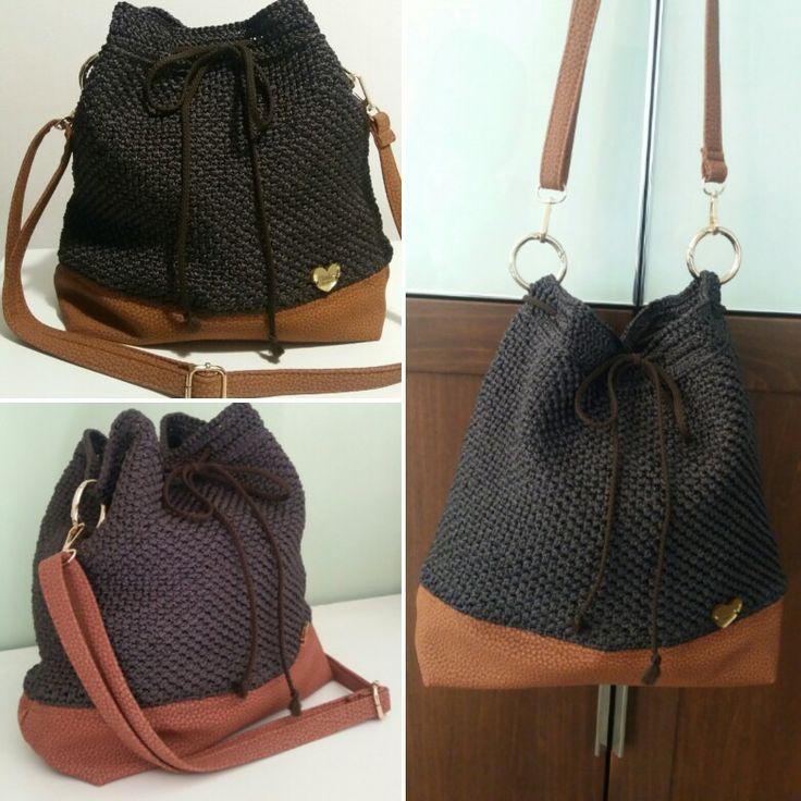 10-Bag a sacco con fondo e tracolla simil borbonese e fodera con doppia tasca interna