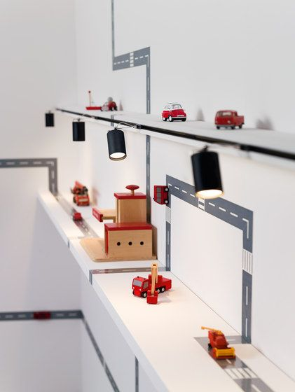 Spot 5 di buschfeld design sistemi a binario - Iluminacion de habitaciones ...