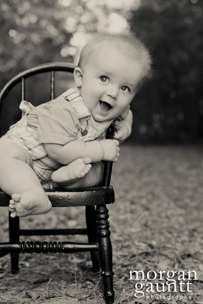 6 month old. @Natalie Seubert I have a rocking chair we can use: Photo Ideas, 6 Months, 6 Month Olds, Baby Photo, Picture Ideas, Photography Ideas