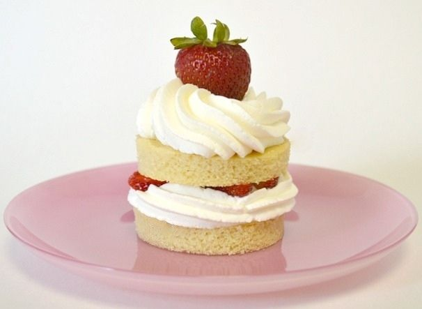Mini Strawberry Shortcakes - It's strawberry season!  These little cakes are so cute and absolutely scrumptious.