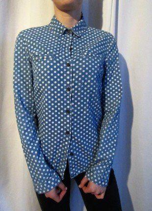 À vendre sur #vintedfrance ! http://www.vinted.fr/mode-femmes/blouses-and-chemises/29967264-chemise-en-jean-a-pois-blancs-asos