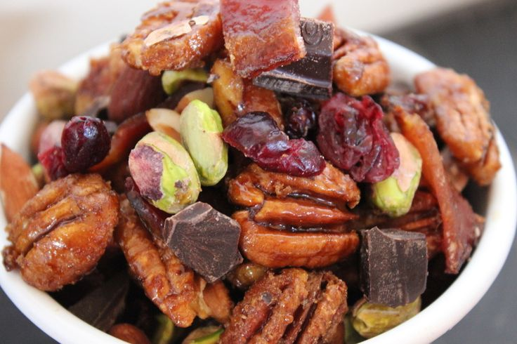 Candied Pecan, Bacon and Cranberry Trail Mix ♥
