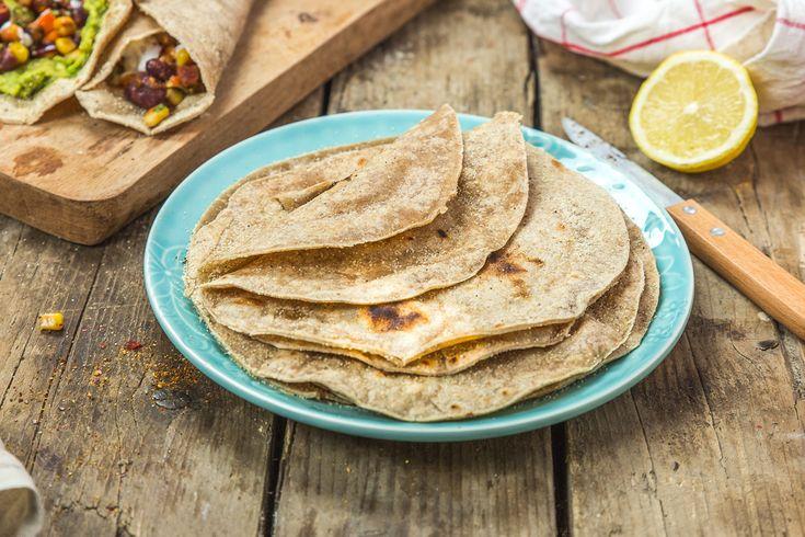 Les tortillas omniprésentes dans la cuisine mexicaine se prépare traditionnellement à partir de graine ou farine de mais aussi avec de la farine de blé!