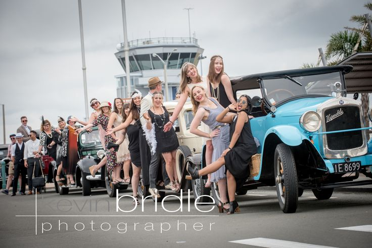A convoy tour with Hooters Vintage and Classic Car Hire in Napier New Zealand.