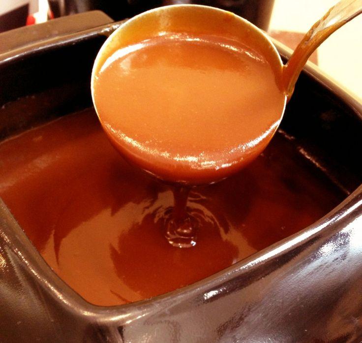 Calda de Caramelo Especial - essa opção de sopa doce para comer com frutas vai agradar em cheio.