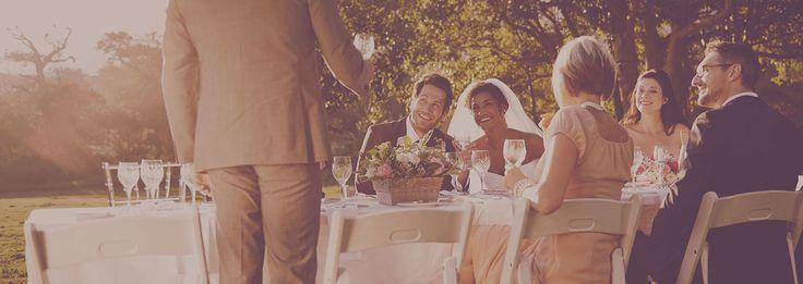 Hvordan velge toastmaster? Enkelt! Hos oss finner du de som tar oppgaven på alvor. Sijabra gjør bryllupsplanlegging enkelt. Finn toastmaster til bryllupet.