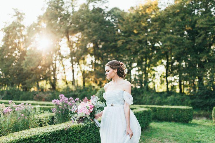 A Fairly Tale Princess Wedding { Prince Wedding Inspiration Shoot In Paris } | Photography : pshefter.com | #weddinginspiration on fabmood.com