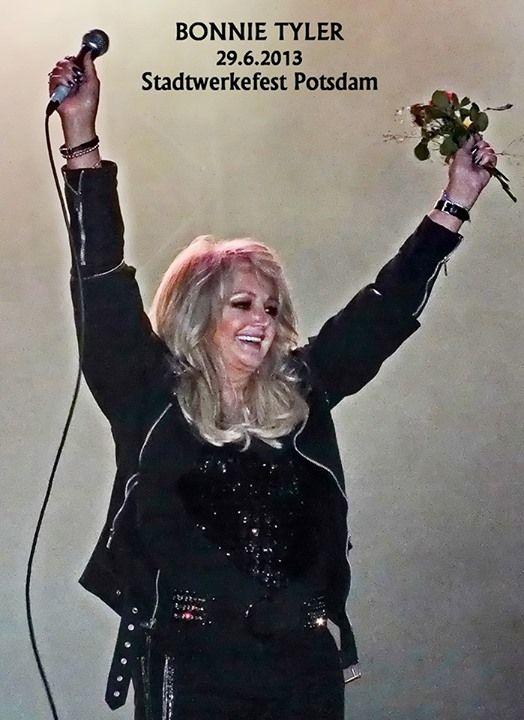 Bonnie Tyler in Potsdam, Germany - 29/06/2013 (by Michael Nürnberg) #bonnietyler #gaynorsullivan #gaynorhopkins #thequeenbonnietyler #therockingqueen #rockingqueen #music #rock #2013 #germany #potsdam #concert
