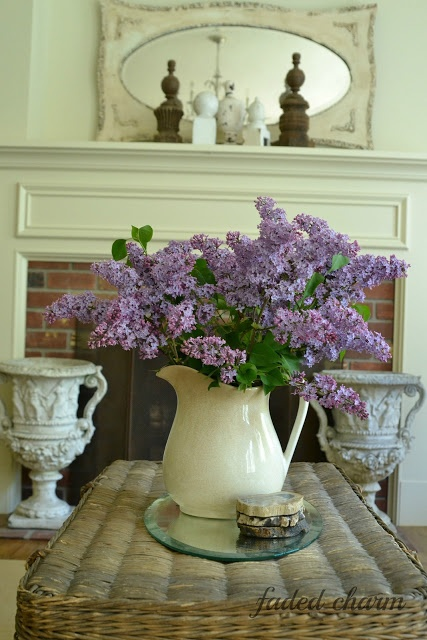 Faded Charm: ~The Heavenly Scent of Lilacs~