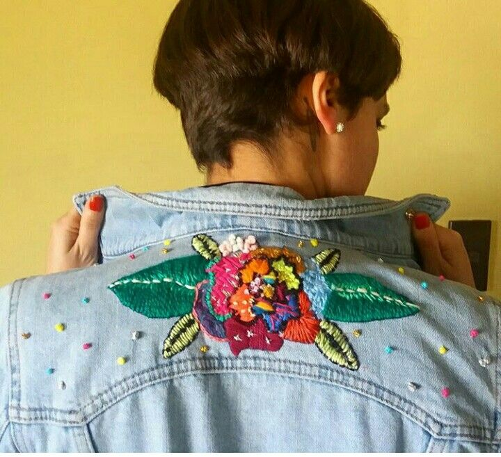 Chaqueta bordada