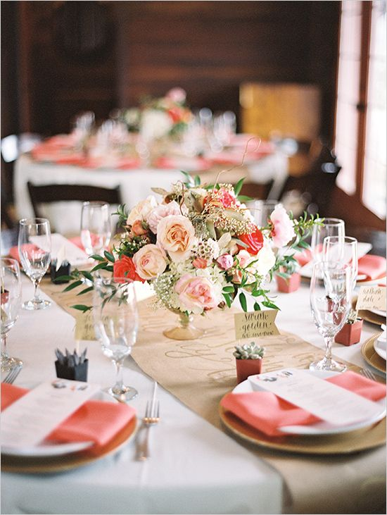 reception table decor @weddingchicks