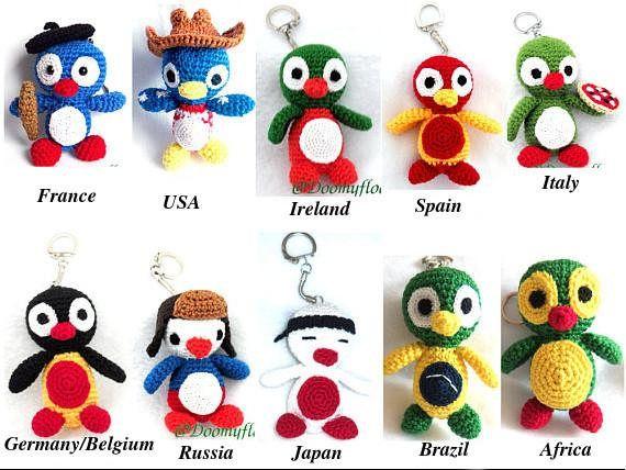 Pingouin porte clés en coton au crochet couleurs des